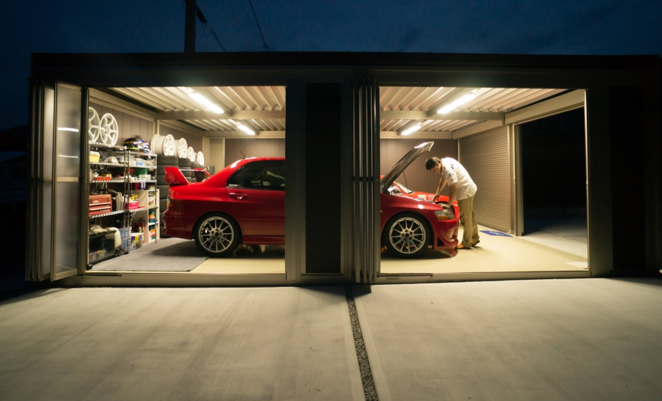車好きな旦那さんが選んだガレージ