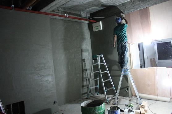 モルタル壁塗り