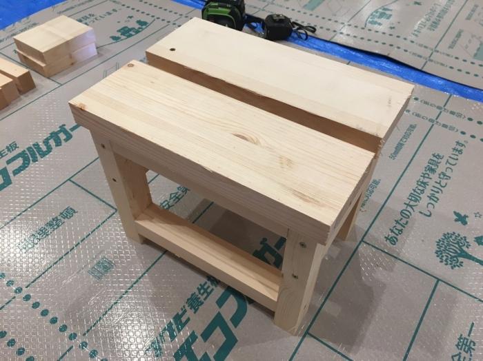 手作り木工チェア