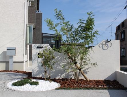 我が家らしい、大好きなモチーフに囲まれたお庭は、お友達からも好評なんだそう!!